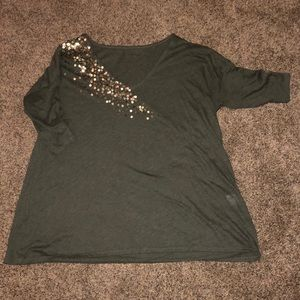 Fun top with gold sequin
